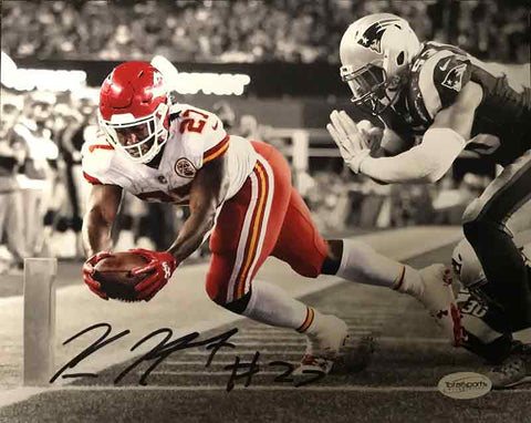 Kareem Hunt Signed Diving with Ball Custom 8x10 Photo