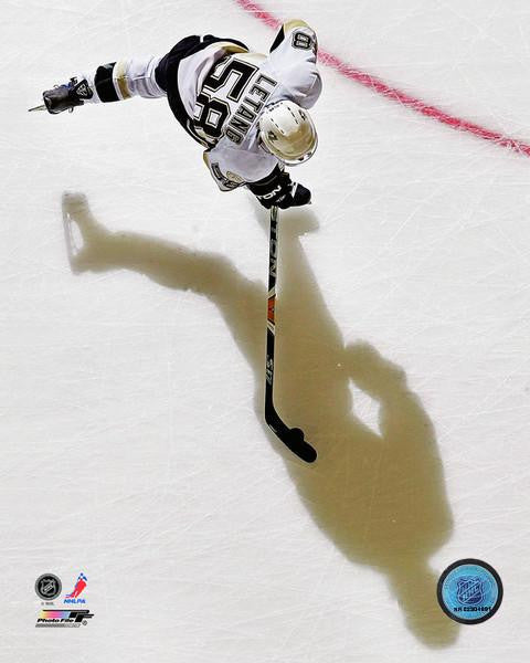 Kris Letang Overhead 8x10 Photo Unsigned