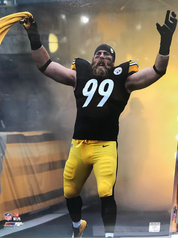 Brett Keisel Arms Up Waving Towel In Entrance 16x20 Photo - Unsigned