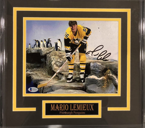 Mario Lemieiux with Penguins Signed 8x10 - Professionally Framed