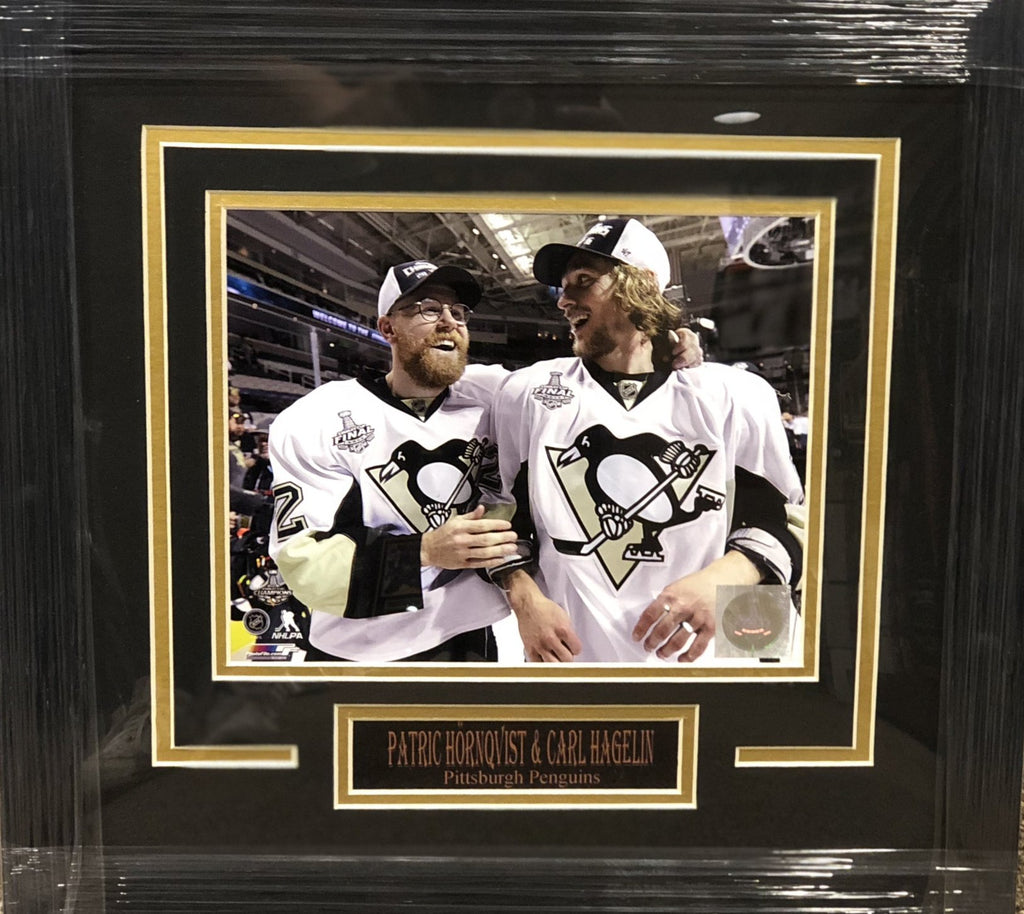 Patric Hornqvist  and Carl Hagelin 2016 cup Win Unsigned  8x10 - Professionally Framed