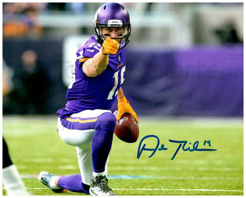 Adam Thielen Autographed Pointing 8x10 Photo