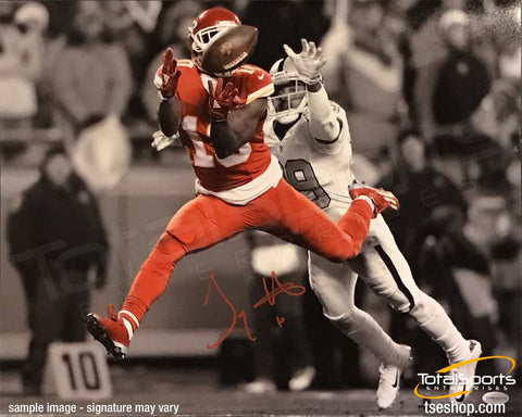Tyreek Hill Signed Leaping / Catching Football 16x20 Photo