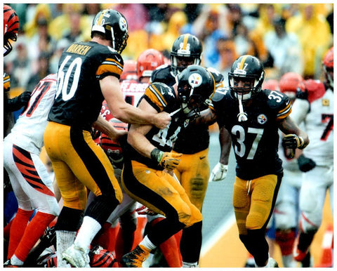 Tyler Matakevich Celebrating Against Bengals 8x10 Photo - Unsigned