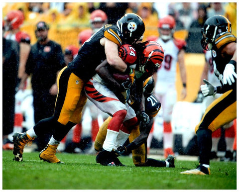 Tyler Matakevich Tackling Bengals 8x10 Photo - Unsigned