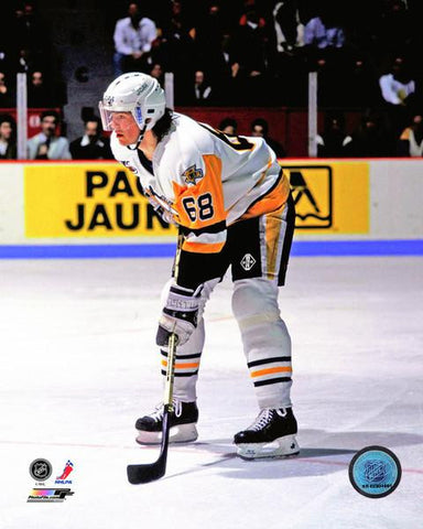 Jaromir Jagr Standing in White Jersey 8x10 Photo - Unsigned