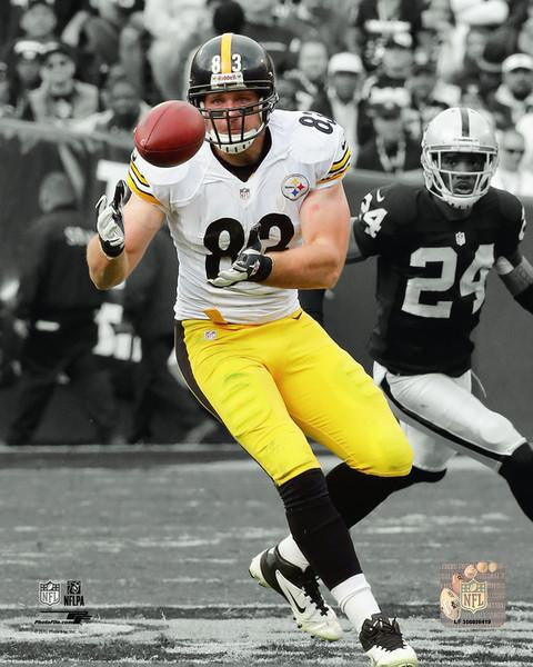 Heath Miller About to Catch Ball in White 16x20 Photo UNSIGNED