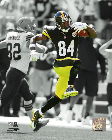 Antonio Brown Running Spotlight (pre head kick) 8x10 Photo - Unsigned