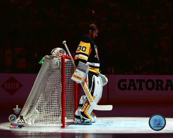 Matt Murray in Front of Goal No Helmet 8x10 Unsigned