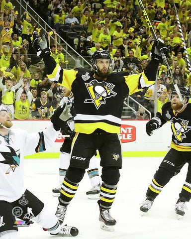 Nick Bonino Arms Raised Vs. Sharks Unsigned 8x10