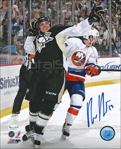 Beau Bennett Signed vs Rangers 8x10 Photo