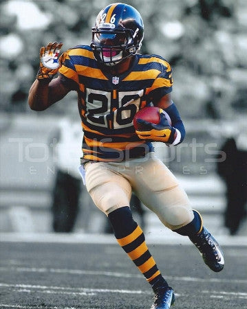 Le'Veon Bell UNSIGNED Bumblebee Running 8x10 Photo