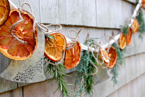 10 Sustainable Christmas Decorations