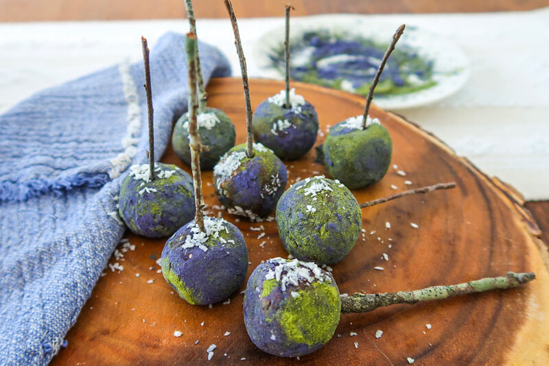 Raw Superfood Earth Day Cake Pops
