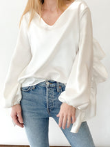 <h1>Ruffle Back Top in White </h1>
