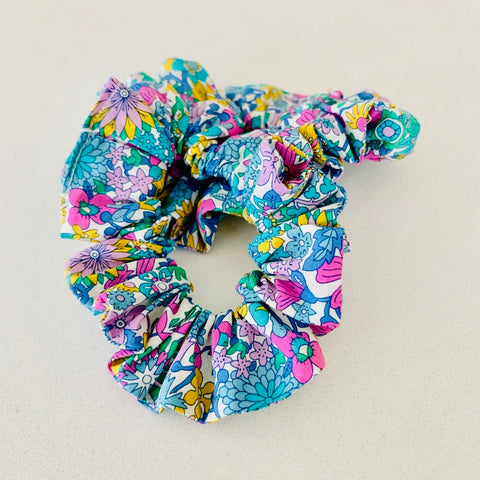 SALE: Scrunchie