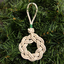Rope Sailor's Wreath with Green Whipping