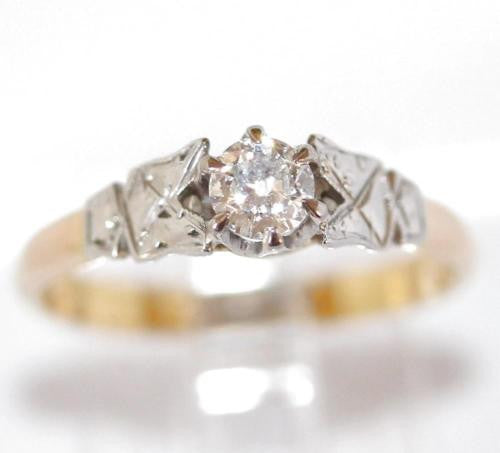 Antique Solid 18k Gold And Platinum .20 carats Diamond Engagement Ring