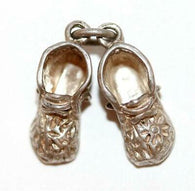 Pair Of Baby Booties Sterling Silver Vintage Bracelet Charm 4.6g