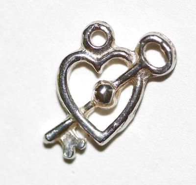 Heart And Arrow Sterling Silver 925 Vintage Bracelet Charm 1.1g