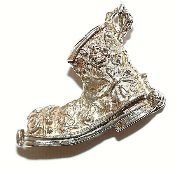 Boot Opening To Man And Dog Sterling Silver Vintage Bracelet Charm, Larger 6.9g