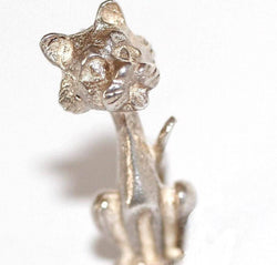 "Vintage Sterling Silver Bracelet Charm Cat 1"" Long (6g)"