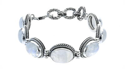 8 Ways to Wear Moonstone