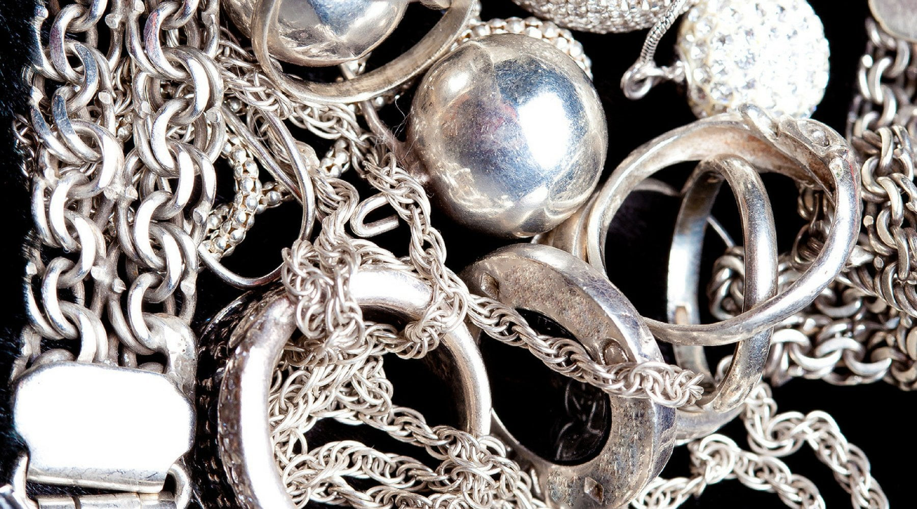 Does Sterling Silver Tarnish? How to Keep Your Jewelry Looking Good