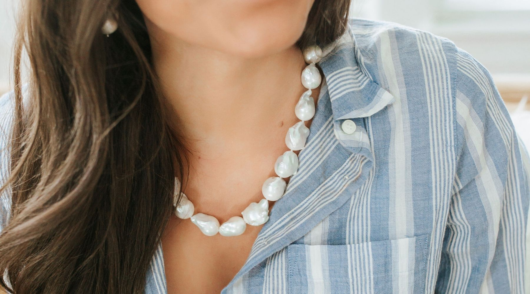 8 Modern Ways to Wear Pearls on Any Occasion