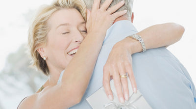 A Husband's Guide to Anniversary Jewelry: What's the Perfect Gift?