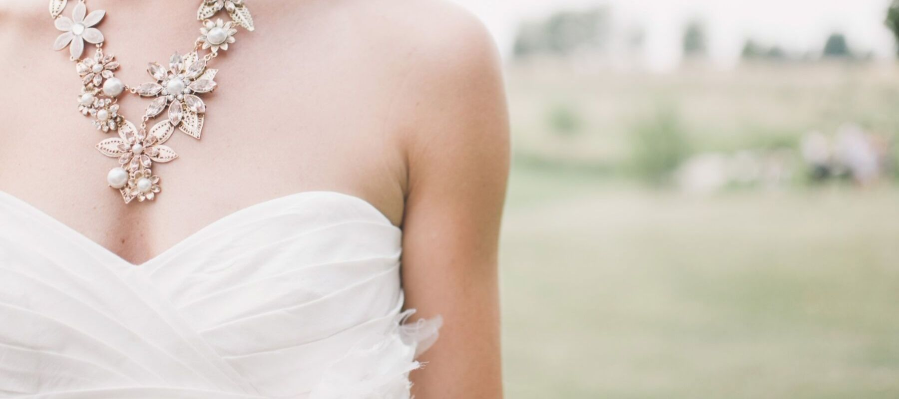 10 Important Tips to Remember When Choosing Wedding Jewelry