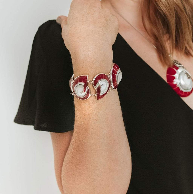 Red Nautilus 5-Shell Bracelet