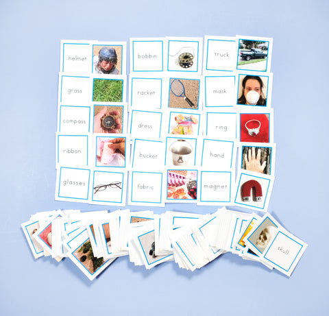 BLUE WORD CARDS WITH PICTURES