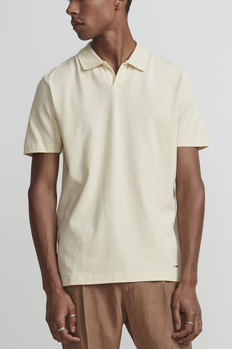 NN07 Open V-neck Short Sleeve Paul Polo Shirt (Yellow Pastel) Model