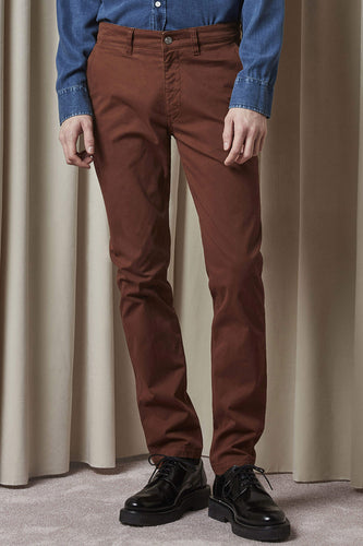 NN07 Marco Stretch-Cotton Tapered Trousers (Canela Brown)