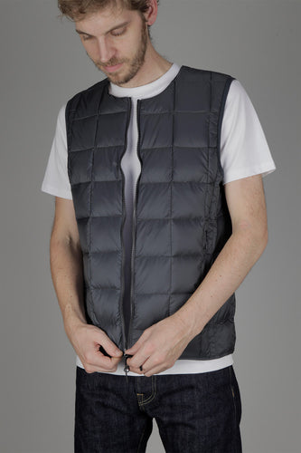 Taion 005 Double Zip Crew Neck Down Vest (Charcoal)