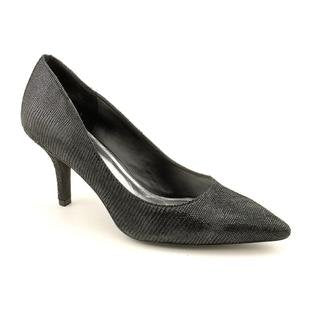 International Concepts Women's Hazel Pump