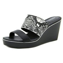 Style Co. Laineyy Wedge Sandals Blackwhite Snake (black)