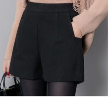 Black Fashion Women's Classic Shorts*
