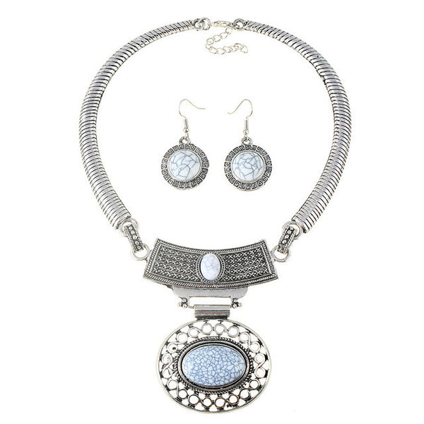 "FREE!!  Vintage Bohemian Statement Jewelry Set Necklace & Earrings ""D'ANVERS"" in Turquoise White or Black"