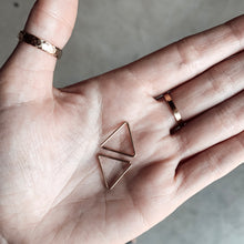 Seamless Triangles - Quad Espresso Jewelry