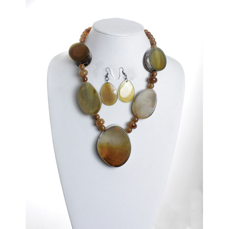 Earth Goddess Necklace Set for $0.20 at THOKO PLACE