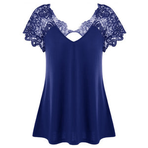 Plus Size Cutwork Lace Trim Gothic T-Shirt