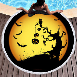Halloween Night Round Beach Towel
