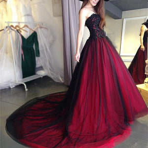 Sweetheart Black Burgundy Gothic Wedding Dress