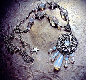 Gothic Bohemia Style Pentagram Necklace