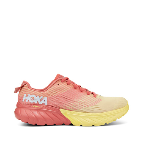 HOKA ONE ONE MACH 3