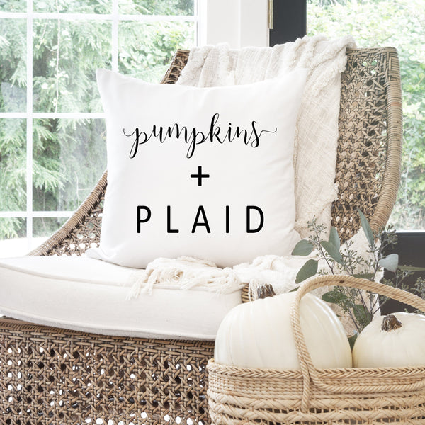 Fall Pillow Cover // Plaid + Pumpkins // Plaid Decor // Autumn Pillow Cover // Thanksgiving Decor // Fall Home Decor // Farmhouse Decor - Porter Lane Home