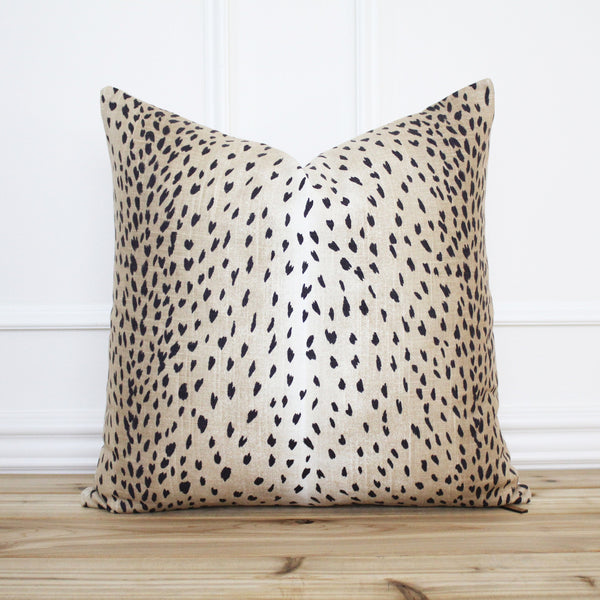 Antelope Pillow Cover Black
