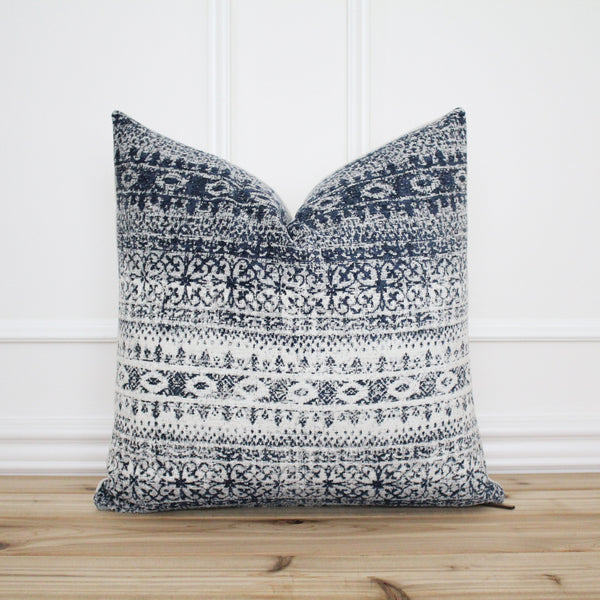 Aztec Inspired Pillow Cover • Modern Pillow • Decorative Pillow • Throw Pillow Cover • Farmhouse Pillow Cover • 20 x 20 • 16 x 26 || Molly